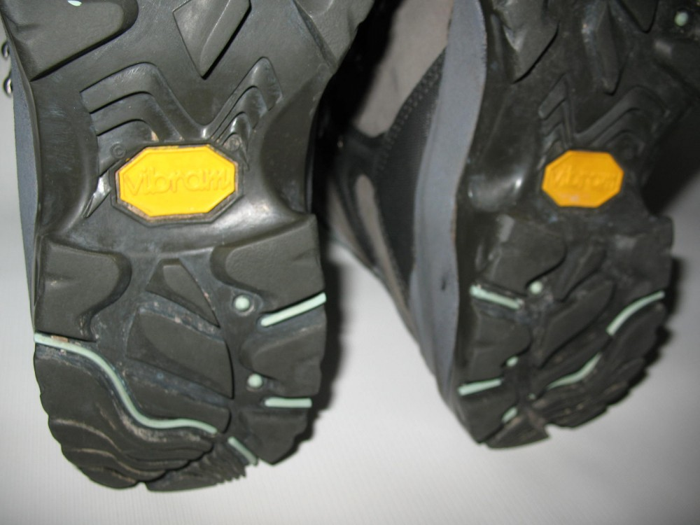 Ботинки COLUMBIA  titanium daska pass boots lady (размер US8/UK6/EU39(на стопу 245 mm)) - 10