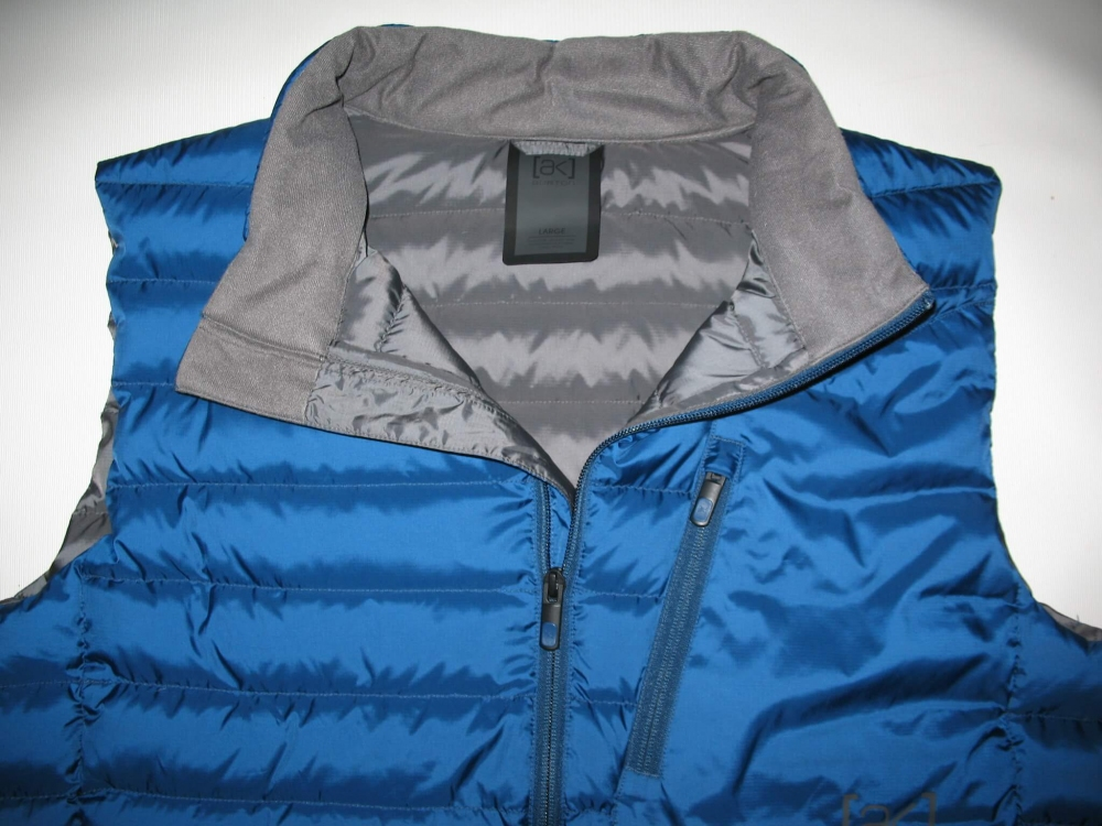 Жилет BURTON ak bk down vest  (размер L) - 7