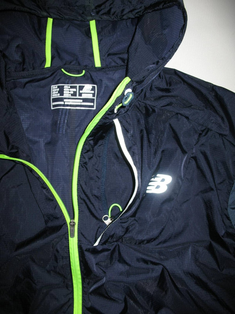 Куртка NEW BALANCE lite packable jacket (размер M/L) - 5
