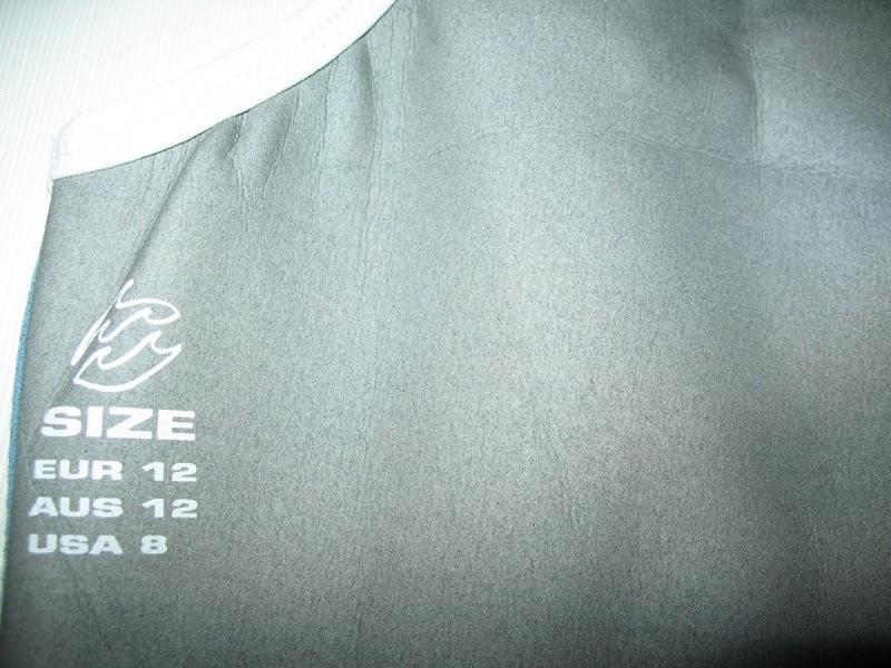 Футболка BILLABONG Equator 0. 5mm Neoprene Vest lady  (размер 12M) - 3