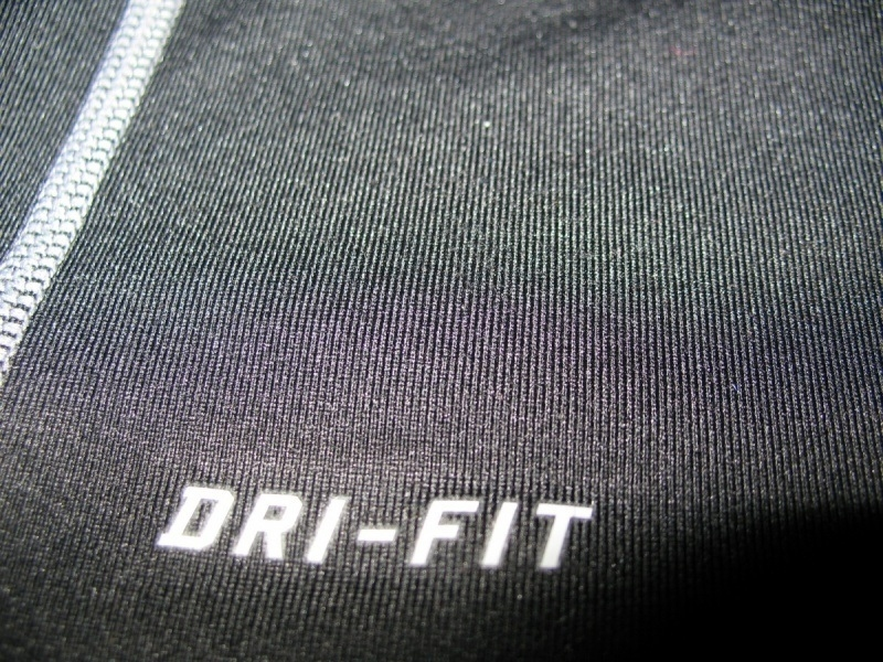 Футболка NIKE Pro Combat Fitted Mock Neck Shirt Dri-Fit (размер юношеский XL/взрослый XS/S) - 7
