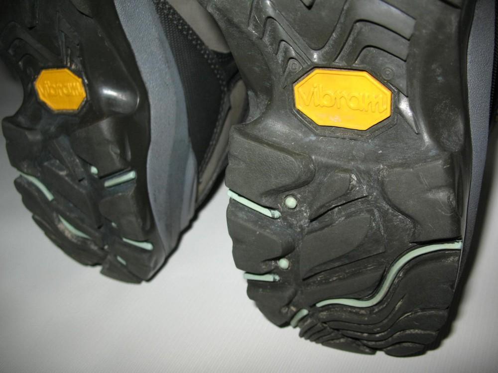 Ботинки COLUMBIA  titanium daska pass boots lady (размер US8/UK6/EU39(на стопу 245 mm)) - 11