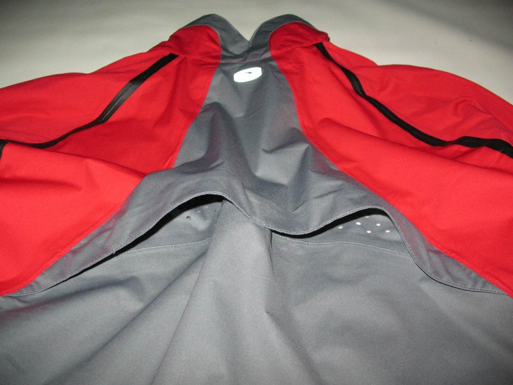 Куртка SUGOI waterproof light bike/run jacket (размер M) - 11