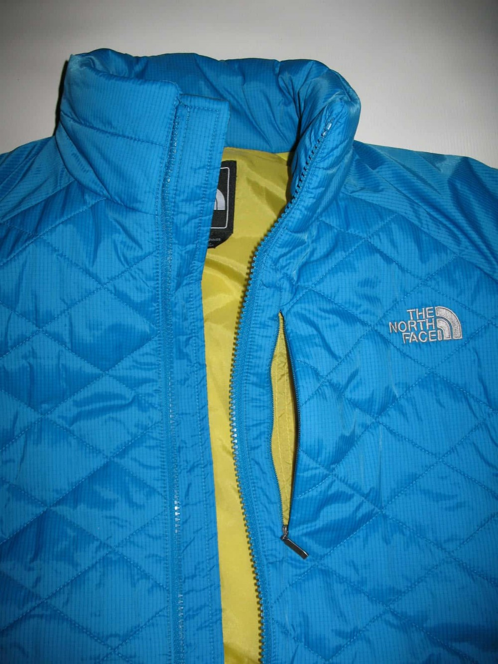Куртка THE NORTH FACE red blaze jacket lady (размер М) - 5