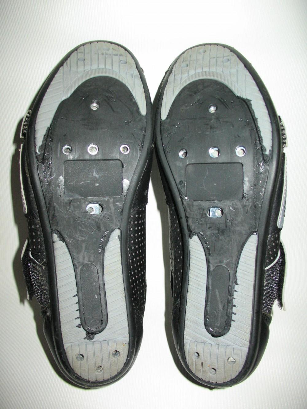 Велотуфли BLACKY cycling road shoes (размер EU41(на стопу до 250 mm)) - 6